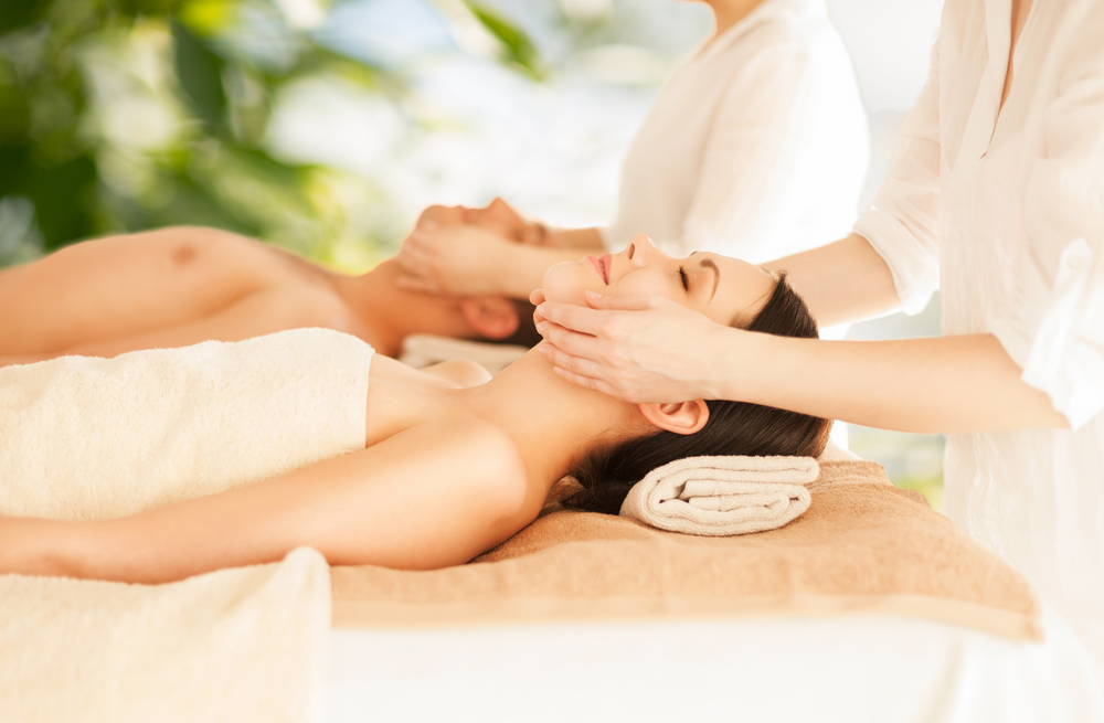 Couples massage grand cayman cayman islands for Best spa for couples